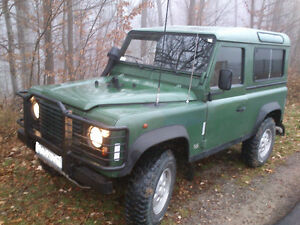 LAND ROVER DEFENDER 300 TDI