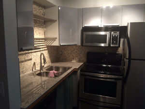 APARTMENT IN SOMERSET - UTILITIES INCLUDED!!