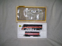 HO train, Bachmann Southern Pacific 4-8-4 daylights