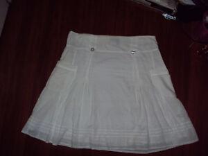 Reitmans White summer skirt. Kitchener / Waterloo Kitchener Area image 1