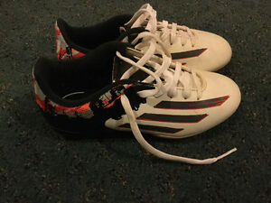 Soccer Shoes(size1)