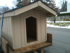 BEAUTIFUL INSULATED DOG HOUSES EXCELLENT PRICES London Ontario image 2