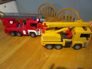 PLASTIC TOY FIRE TRUCK AND CRANE TRUCK