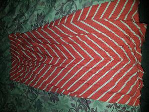 Joe girls sz 8 maxi skirt brand new condition