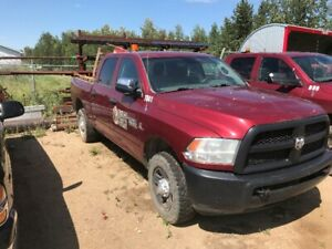 *REDUCED* 2014 Dodge 3500 Crew Cab - 130,500 kms