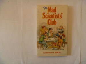 THE MAD SCIENTISTS' Club Paperback