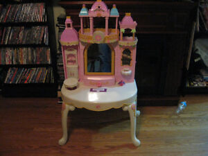 BARBIE PRINCESS PLAY DRESSER AND BARBIE BED WITH MELODY