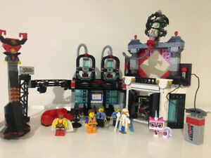 LEGO Movie set 70809 Lord Business Evil Lair