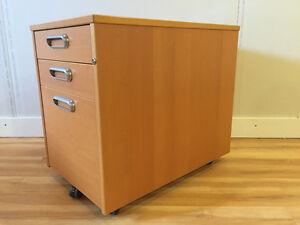 Filing cabinet on caster wheels