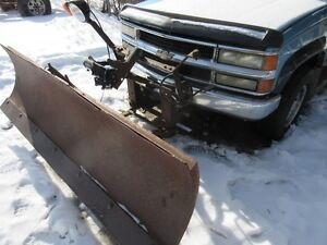 BOSS PLOW MOUNTS& TWO WAY BLADE   FOR SALE !!GM OR CHEVY