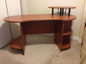 Unique Oval Shaped Solid Wooden Desk Kitchener / Waterloo Kitchener Area image 1