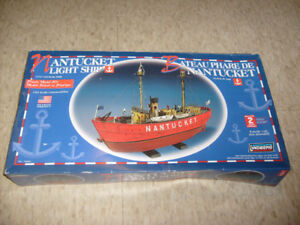 "Lindberg Nantucket Light Ship Model Kit 17 1/4"" Long 1/95 Scale"