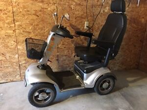 ShopRider - 4 Wheel Scooter