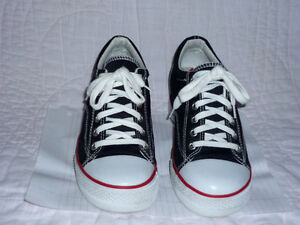 """""""City Sneaks"""" running Shoes .. like NEW ... size 7.5 Cambridge Kitchener Area image 3"""