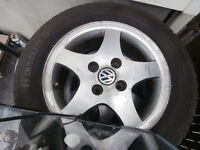 """1 set fo 4 bolt mags and tire""""sfor golf or jeta 195 /60/15 like"""