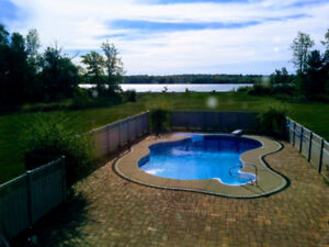 Beautiful waterfront cottage for rent