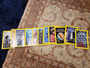 Mint condition collection of old national  geographic  magazines