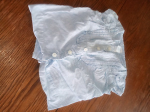 Blouse baby gap $5 6-12 months