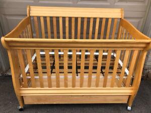 Morigeau Lepine Baby Crib with Drawer