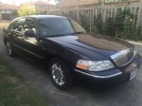 2010 LINCOLN TOWN CAR FOR SALE