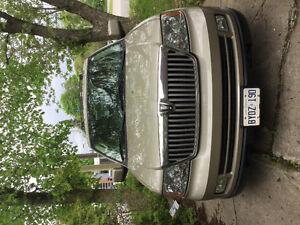 2006 Lincoln Navigator SUV, Crossover
