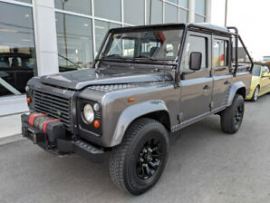 Defender 110 crew cab pick up