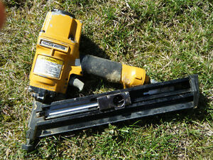 STANLEY BOSTITCH N60FN ANGLE STICK PNEUMATIC FINISH NAILER