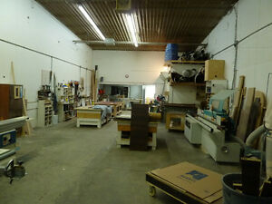 Warehouse/industrial space/condo for rent 2500 sq ft Valleyfield