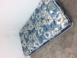 2 Free Single size bed mattresses