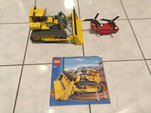 LEGO BULLDOZER & HELICOPTER - USED ONCE TO ASSEMBLE & DISPLAY!