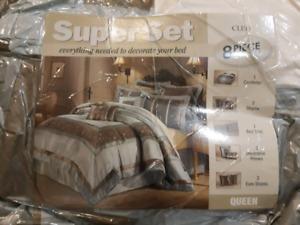 8 pcs delux comforter set
