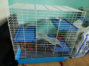 Cage pour furet ou chinchilla parfait état