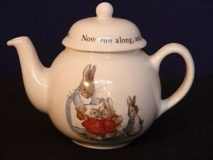 Wedgwood Peter Rabbit Teapot London Ontario image 1