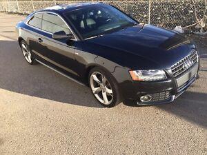 2010 Audi A5 S-Line 2.0L *Low Kms*Warranty effective 2018-Jan