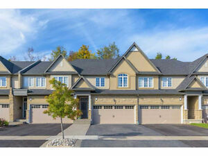 1900Sqft+Finish Basement,Back to Ravine in Meadowland Ancaster