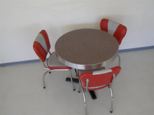Looking to Buy a 50s Retro Vintage Chrome Diner Table and Chairs