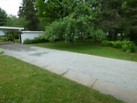 Who says gravel driveways can't look amazing?