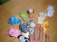 Great gift - Finger Puppets - 10 pieces Velvet Animal ALL 10$