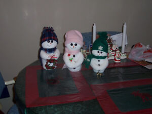 Snow People Family