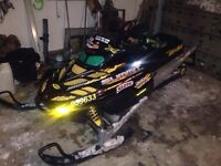 2001 summit 800 144 x package