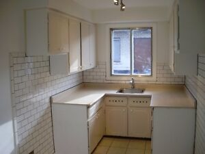 3 1/2 Verdun July1, renovated, $620 heating & hot water included