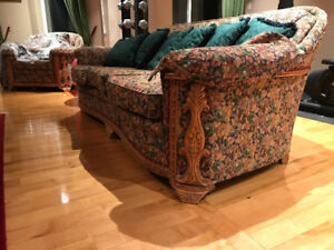 Antique Sofa with 2 Matching Vintage Sofa chairs