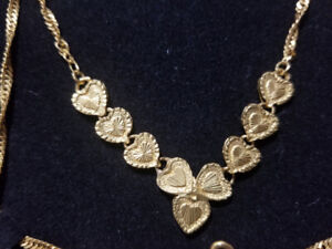 Womens 24K gold necklace.