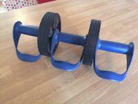 Abdominal exercise wheel roller