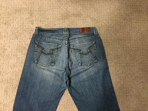 """Lucky Brand Jeans - 34"""" x 32"""" - Relaxed fit"""