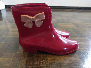 Mel by Melissa Ankle Rainboots