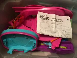Polly pocket racing car set