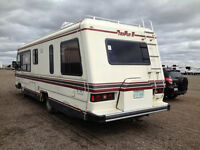 32' Triple E Regency Motor Home
