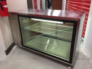 Silver King Refrigerated Display Case Refrigerator