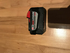 batterie milwaukee M18 9AH